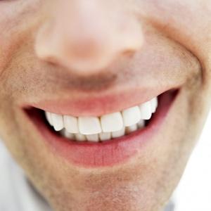 krentantys dantys